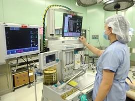 麻酔器の点検業務